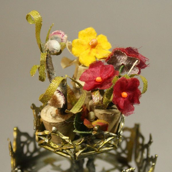 alter miniatuur blumenständer  , Antique dollhouse soft metal accessories gerlach