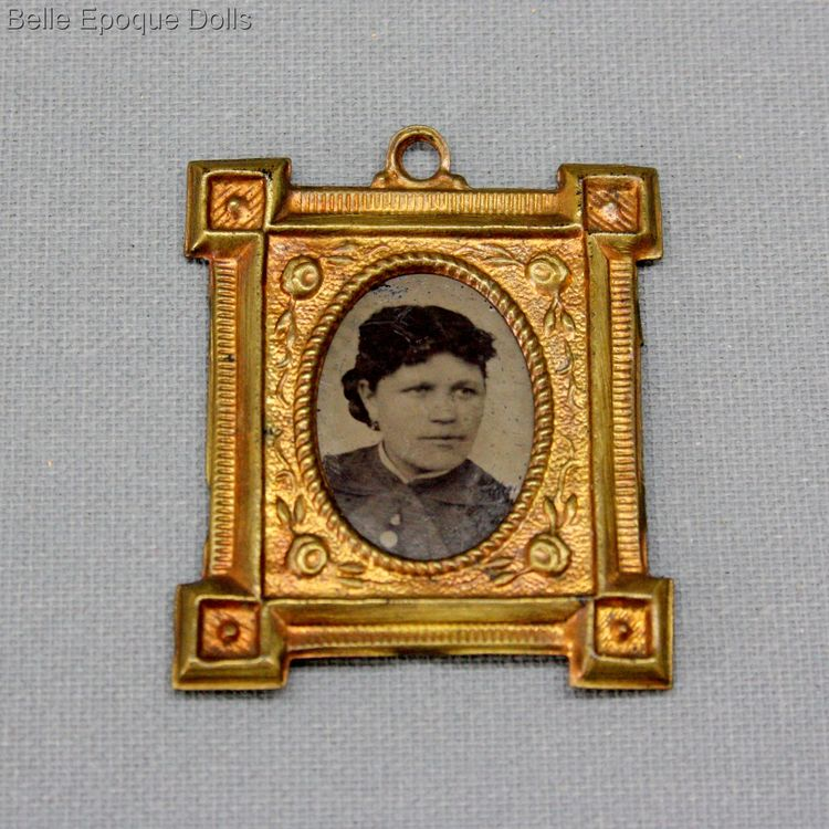 antique dollhouse gilt frame , antique miniature frame with portrait  , antique dollhouse gilt frame
