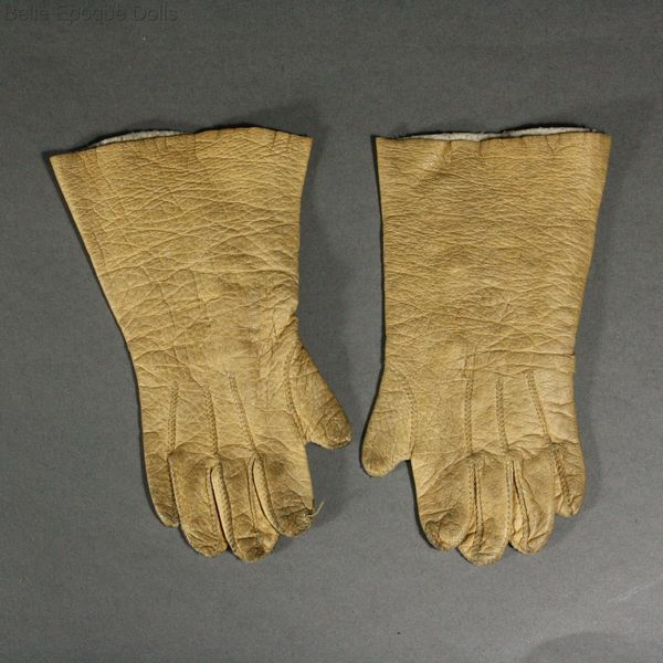 Antique Fashion doll gloves  , alte Puppen handschuhen