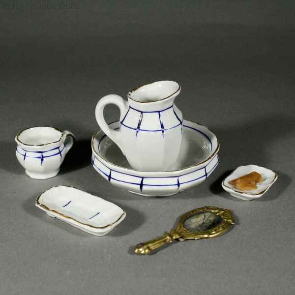 Antique Dollhouse miniature toilette set , toilette de poupees