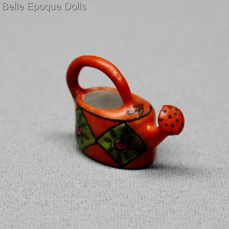 porcelain of Desvres , antike miniatur porzellan , Antique dolls house miniature porcelain watering can