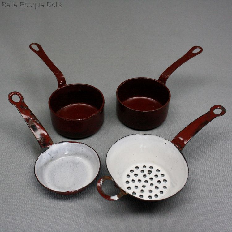 Antique dolls house kitchen pans Colander , Puppenstuben zubehor