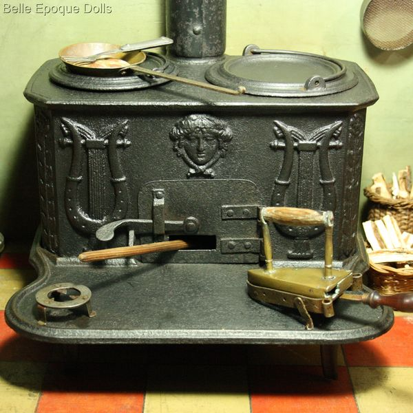 Antique dollhouse cast iron stove , French antique miniature kitchen