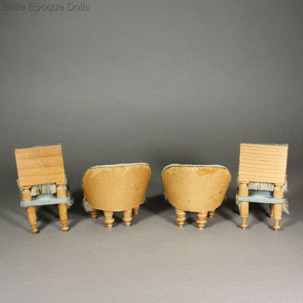 Antique dolls house wooden furniture  , Antique dollhouse canopy bed , alte Puppenstuben