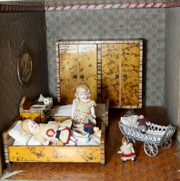 antique dollhouse bedroom , Paul Huebsch wooden furniture , antique dolls' house beds