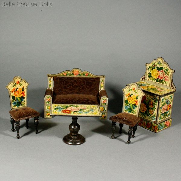 Puppenstuben zubehor , Antique dollhouse parlor with floral lithographed paper