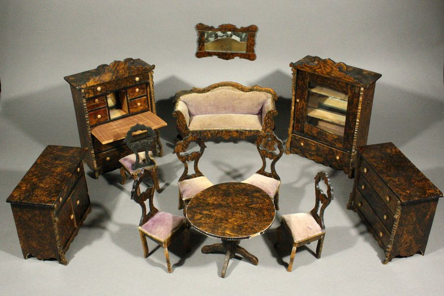 Antique Dolls House Furniture / Outstanding Antique Faux Grained Rosewood  Dollhouse Furniture In Its Original Wooden Box   Ref M227