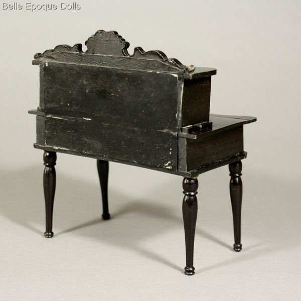 Puppenstuben zubehor , Antique dolls house furniture Wagner & Söhne
