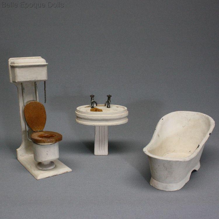 Antique Dolls House Furniture / Bathroom Set : Bath - Washbasin - Toilet -  Ref M416