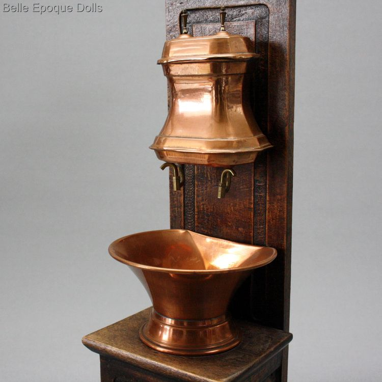 Antique dolls hanging copper water fountain basin , Puppen zubehor