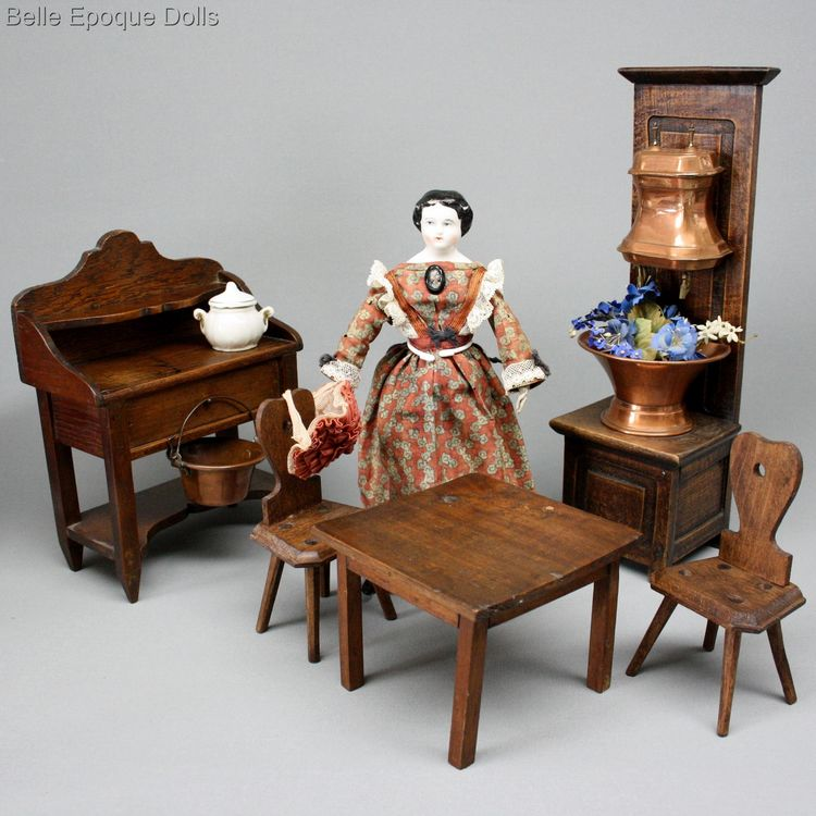 Antique dolls house furniture kitchen buffet , Puppenstuben zubehor