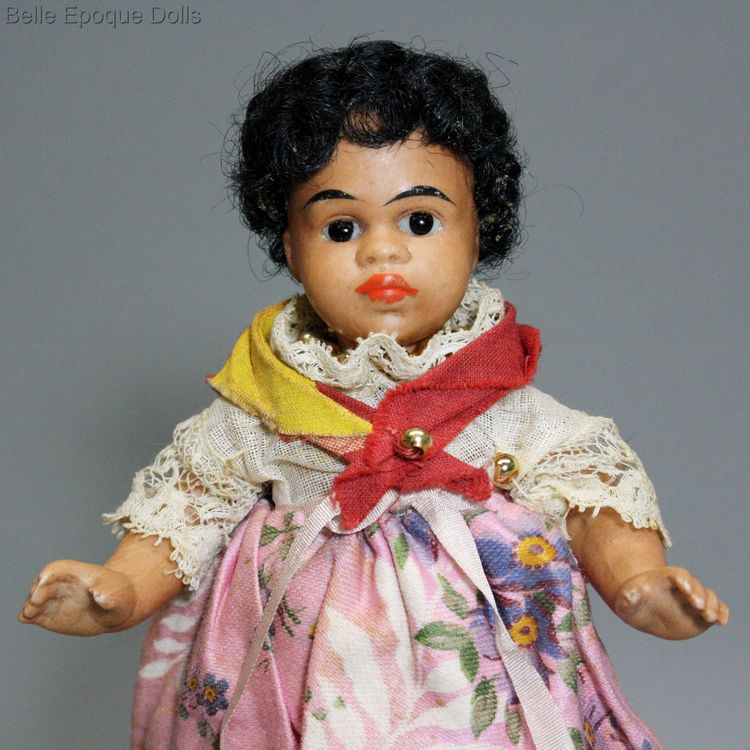 light brown complexioned all bisque doll , Antique Brown Bare Feet mignonette
