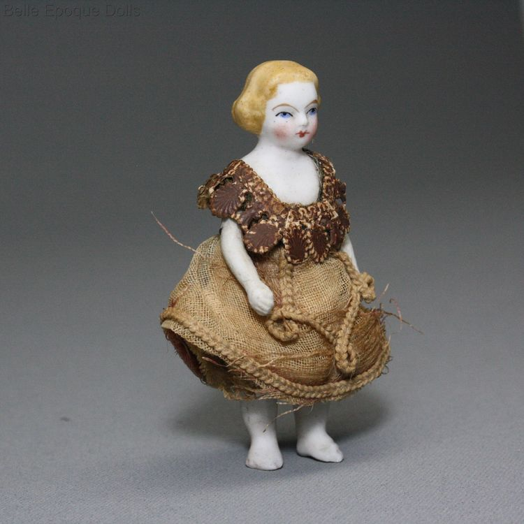 Antique dolls house doll , Puppenstuben puppen