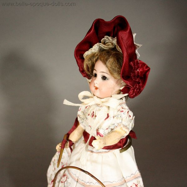 miniature antique doll Bisque head , puppenstubben puppen mignonnette simon & halbig