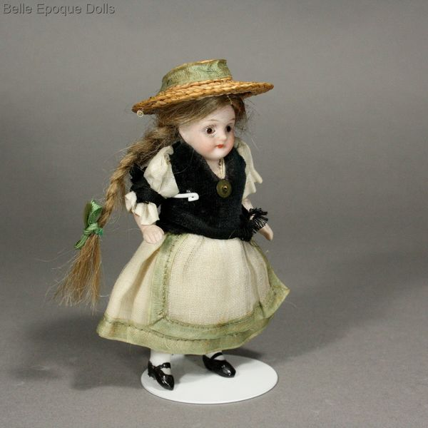 Antique Dollhouse all-bisque doll , Puppenstuben puppen ganzbiskuit porzellan