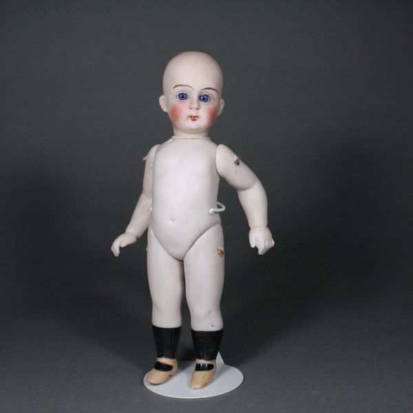 antique bisque jullien jeune doll , Puppenstuben zubehor , Antique all-bisque mignonette