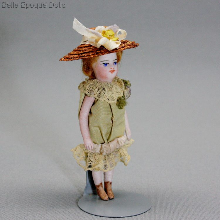 Antique Dollhouse miniature French doll , Puppenstuben ganzbiskuit puppe mignonette