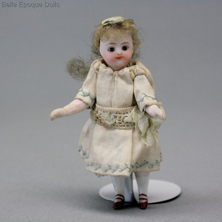 Puppenstuben ganzbiskuit puppe mignonette  , all bisque tiny French doll